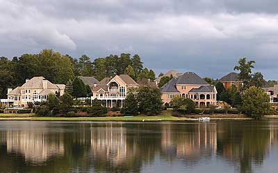 Jackson-TN-lakefront-property